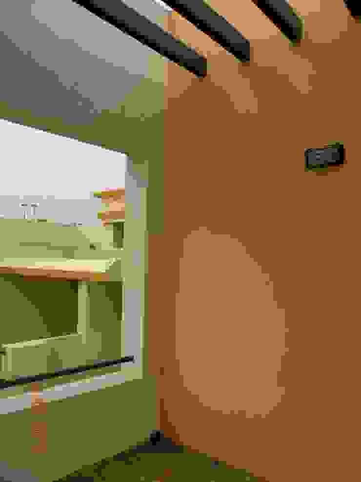 Prashanth's Residence Modern balcony, veranda & terrace by ICON design studio Modern