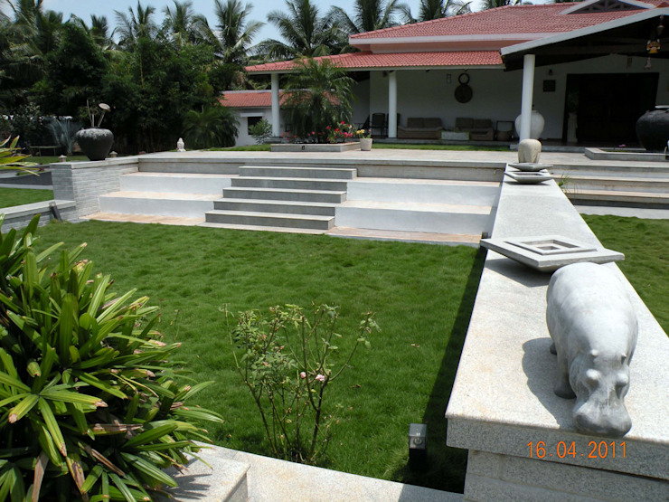Jardins tropicais por ICON design studio Tropical
