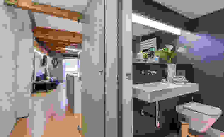 by jaione elizalde estilismo inmobiliario - home staging Сучасний
