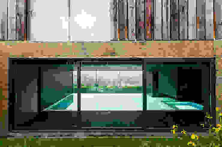 Casa Varatojo Moderne Pools von Atelier Data Lda Modern