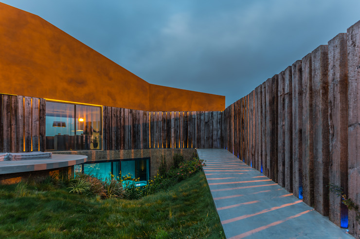 Casa Varatojo Atelier Data Lda Modern garden