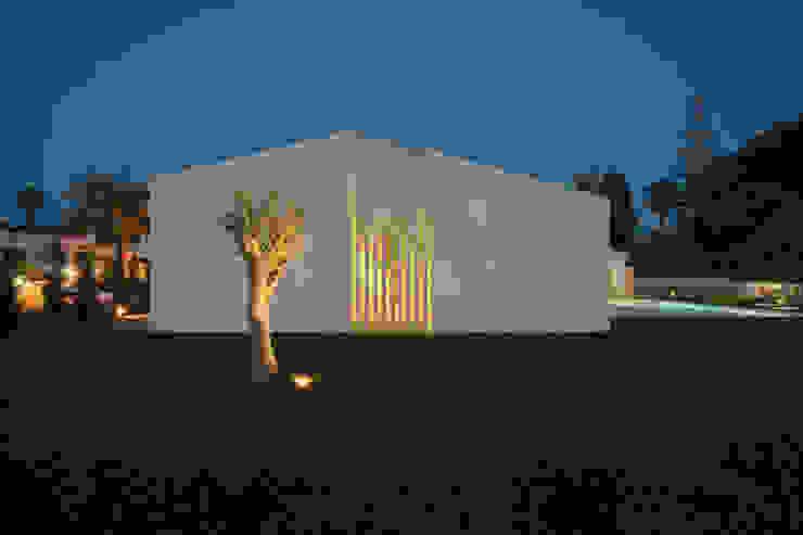 Casa Sol by Atelier Data Lda Сучасний