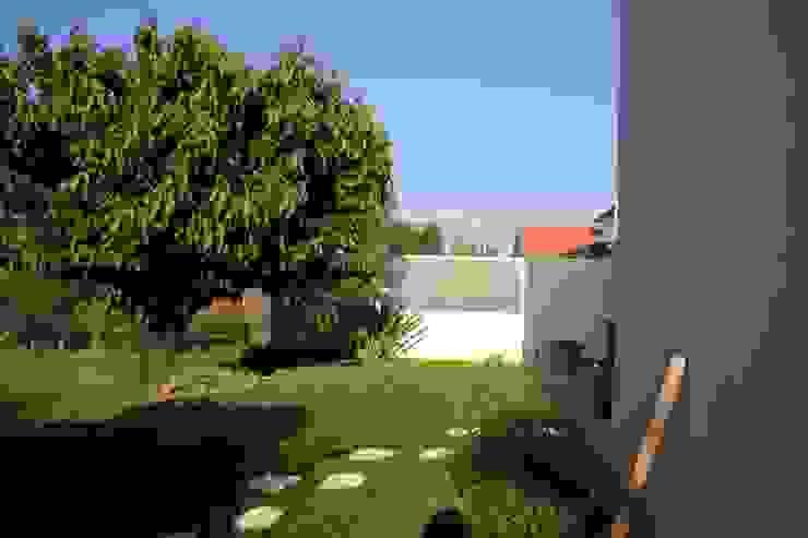 Le jardin par Atelier FA - Achitecture d'intérieurs & d'extérieurs