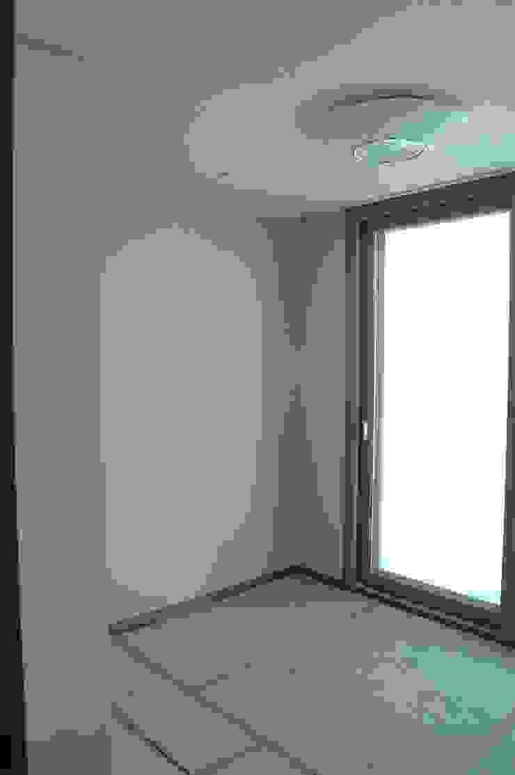 은평2지구 두산위브 42평형 : Design A3의 현대 ,모던