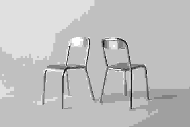 Aluminium Chair: YOTA KAKUDA DESIGNが手掛けたミニマリストです。,ミニマル