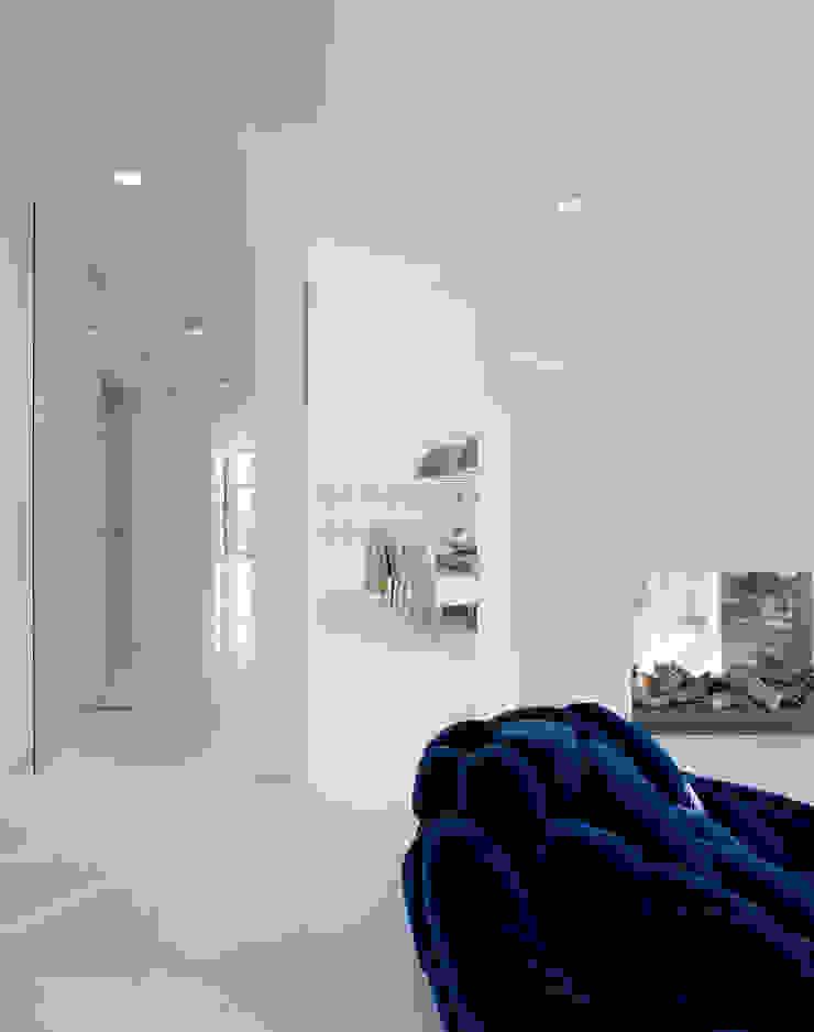 Villa in Limburg Moderne woonkamers van Engelman Architecten BV Modern