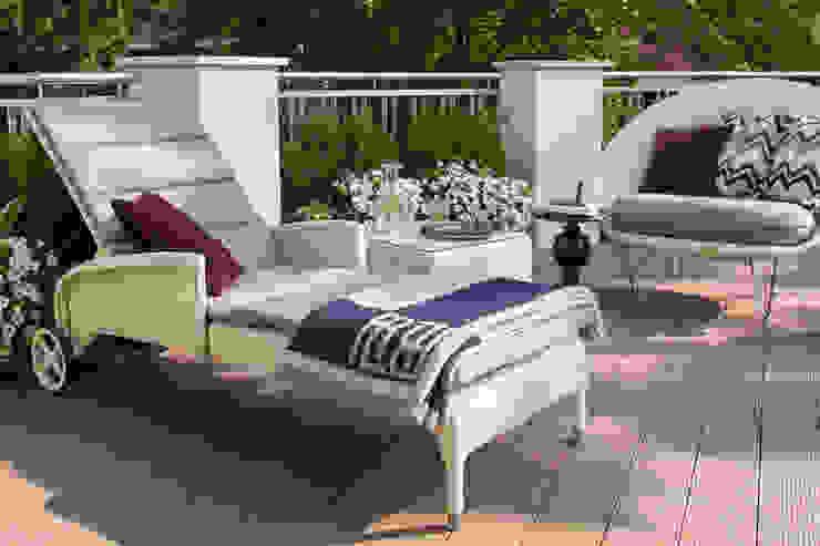 Villa klassisch Klassischer Balkon, Veranda & Terrasse von KJUBiK Innenarchitektur Klassisch