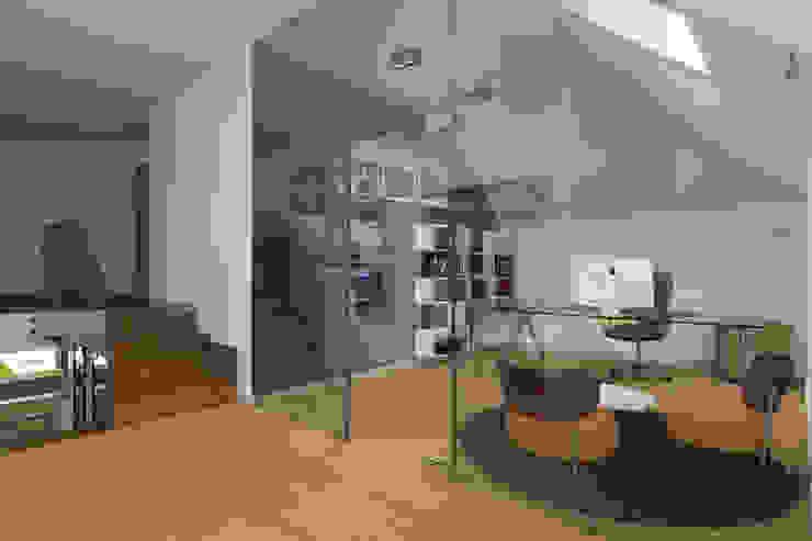Modern Study Room and Home Office by ABC Pracownia Projektowa Bożena Nosiła Modern