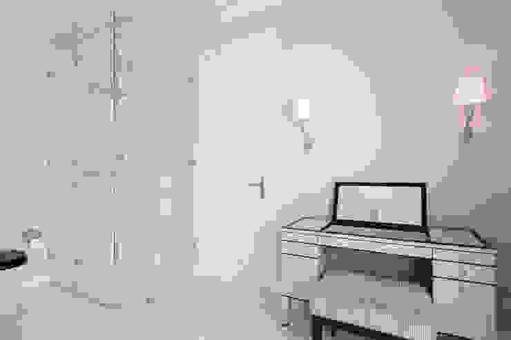 KJUBiK Innenarchitektur Classic style bathroom
