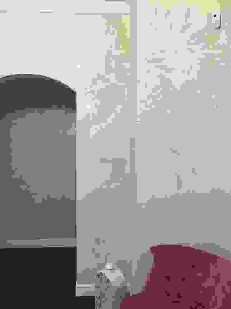 Реализация квартиры Ленина 90 Екатеринбург Коридор, прихожая и лестница в классическом стиле от Частный дизайнер и декоратор Девятайкина Софья Классический