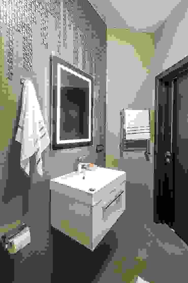 Casas de banho minimalistas por Alena Gorskaya Design Studio Minimalista