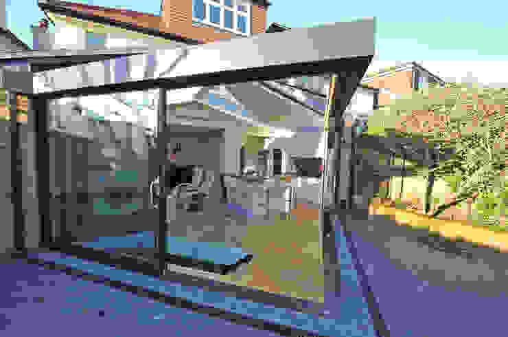 Garden/Living transition Moderner Wintergarten von Paul Wiggins Architects Modern