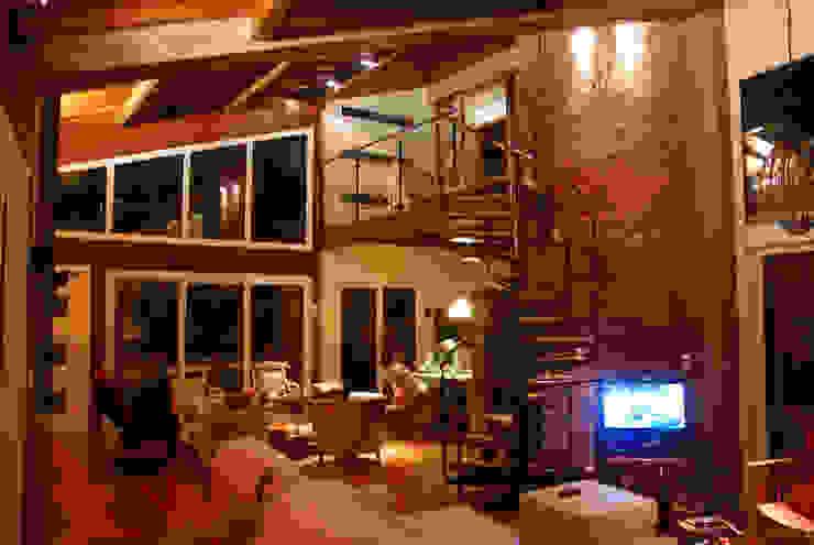 Squadra Arquitetura Modern living room Wood Wood effect