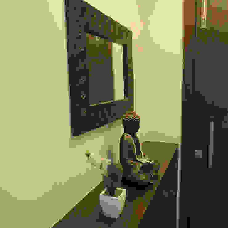 Apartment Modern corridor, hallway & stairs by TWISHA THAKKER Modern