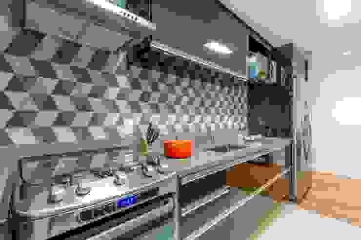 Compacto Cozinhas modernas por contato83 Moderno
