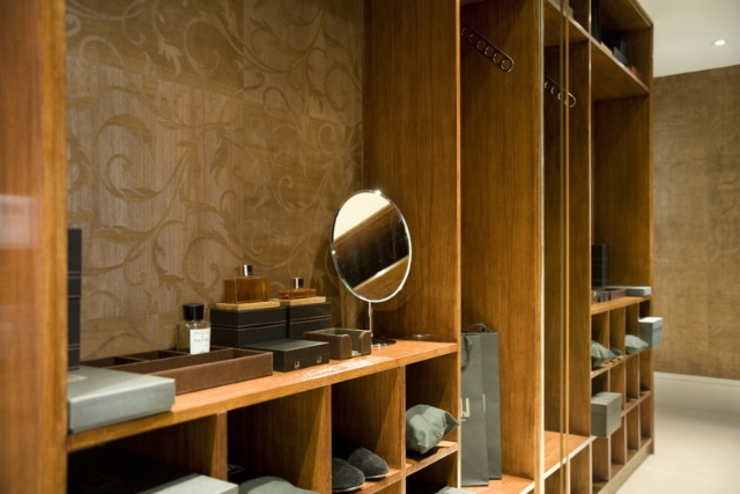 Dressing room at the Chester Street House Classic style dressing room by Nash Baker Architects Ltd Classic