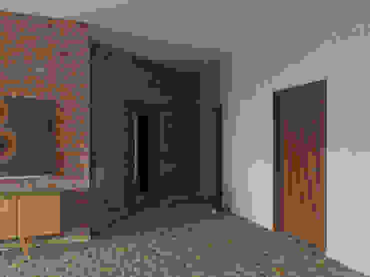 Ingresso, Corridoio & Scale in stile industriale di Tatiana Zaitseva Design Studio Industrial