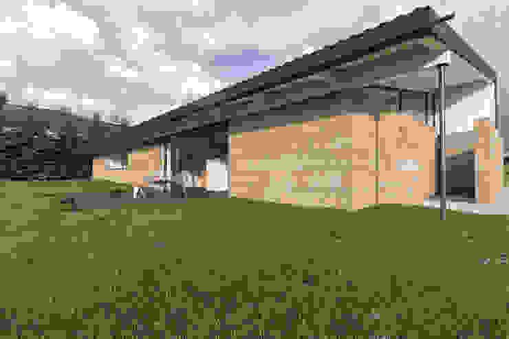 Modern houses by infografia 3D - arquitectura interior Modern Granite
