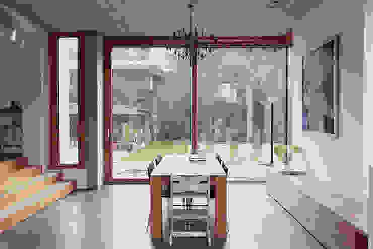 Haus L125 Moderne Esszimmer von Holzerarchitekten Modern