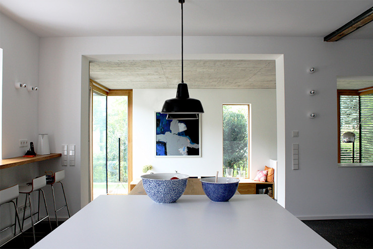 Haus L125 Moderne Küchen von Holzerarchitekten Modern