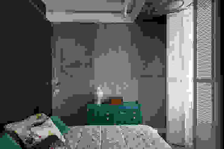 Квартира на Морском проспекте Санкт-Петербурга Спальня в стиле модерн от Студия дизайна интерьера 'Юдин и Новиков' Модерн