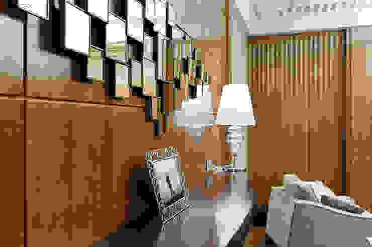 Salas de estar ecléticas por Студия дизайна интерьера 'Юдин и Новиков' Eclético
