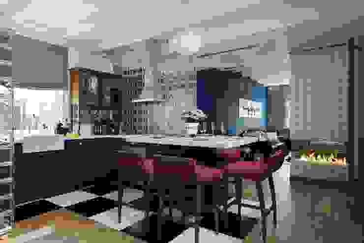 Industrial style dining room by Дизайн студия Алёны Чекалиной Industrial