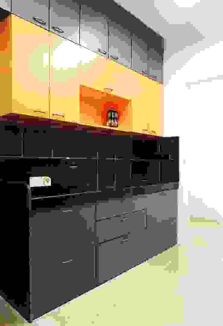 3bhk at Jogeshwari Modern kitchen by SwitchOver Studio Modern