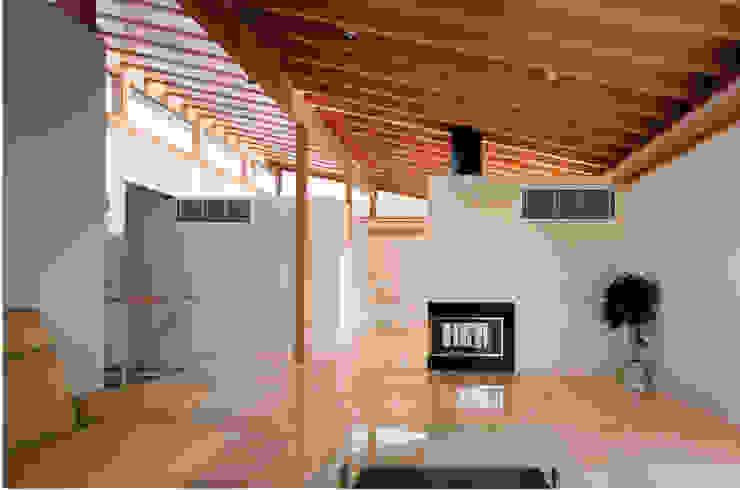 株式会社 小林恒建築研究所 ห้องนั่งเล่น