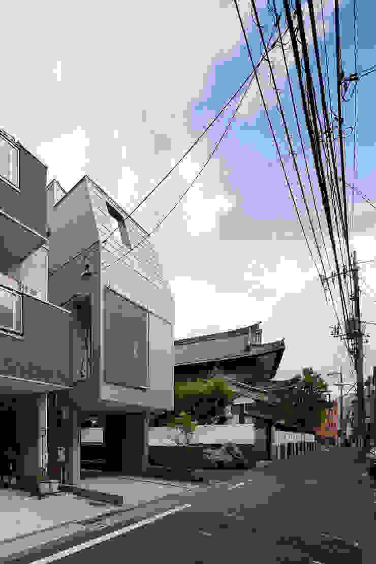 根來宏典建築研究所 บ้านและที่อยู่อาศัย ไม้ Metallic/Silver
