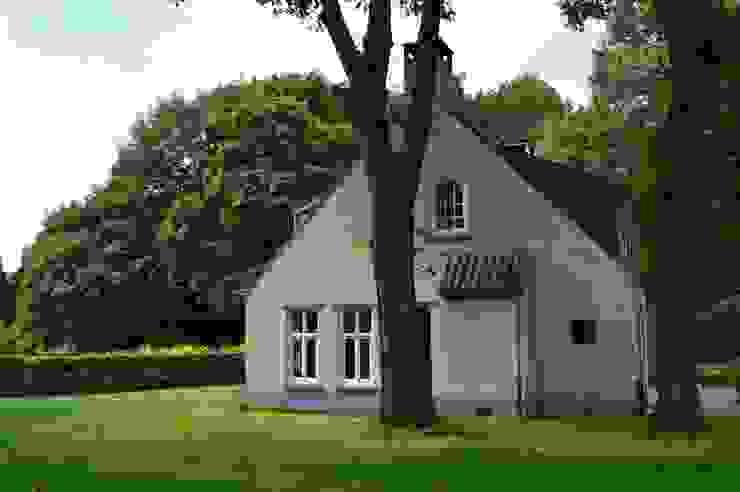 Villa Galder Landelijke huizen van STROOM architecten Landelijk
