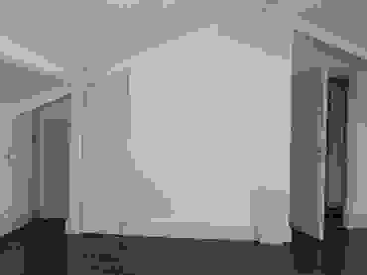 S.Evi Sarıyer Modern Koridor, Hol & Merdivenler STİLART MOBİLYA DEKORASYON İMALAT.İNŞAAT TAAH. SAN.VE TİC.LTD.ŞTİ. Modern