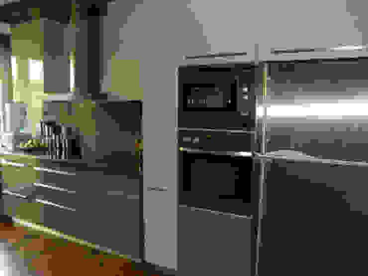 RBA Evi Modern Mutfak STİLART MOBİLYA DEKORASYON İMALAT.İNŞAAT TAAH. SAN.VE TİC.LTD.ŞTİ. Modern