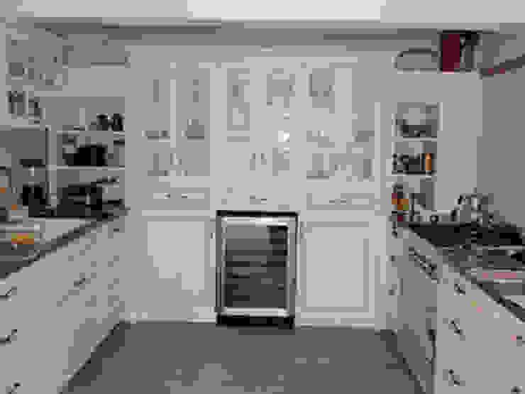 U.K Evi Levent Modern Mutfak STİLART MOBİLYA DEKORASYON İMALAT.İNŞAAT TAAH. SAN.VE TİC.LTD.ŞTİ. Modern