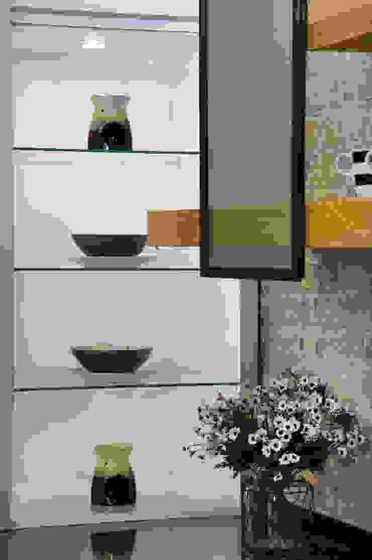 Bodrum Femaş Mobilya 廚房收納櫃與書櫃 玻璃 White