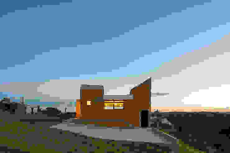 Casa Popsonics - Lab 606 Arquitetos Casas modernas por Joana França Moderno