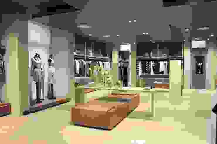 Bettoni Shop Andrea Gaio Design Modern offices & stores