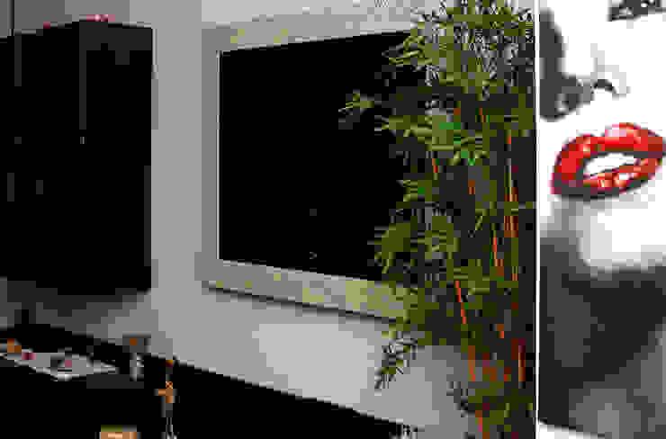 Modern Living Room by STEFANIA ARREDA Modern