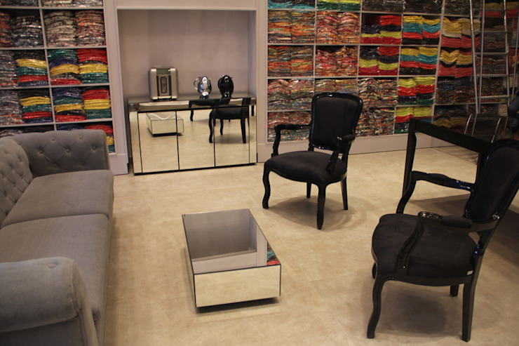 Oficinas y Tiendas de estilo  por ANA PAULA MONTEIRO ARQUITETURA &,