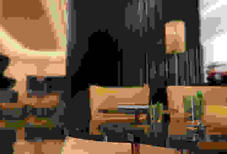 Interiores do 'Mezzanine Floor', African Union Grand Hotel, Adis Abeba, Etiópia por ASVS Arquitectos Associados Moderno