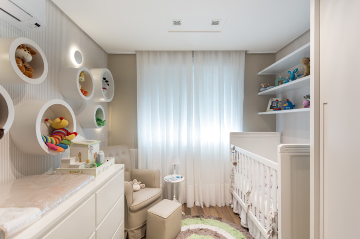 Habitaciones para niños de estilo minimalista de Pura!Arquitetura Minimalista Textil Ámbar/Dorado