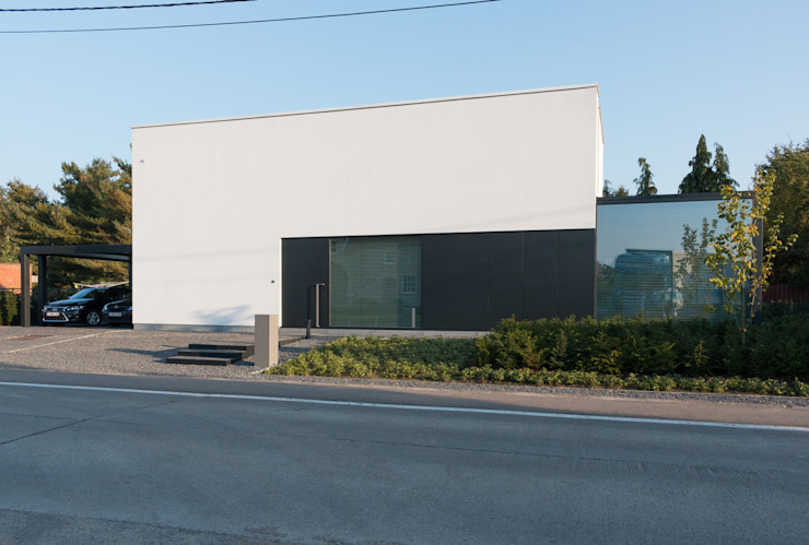 House WR Minimalistische huizen van Niko Wauters architecten bvba Minimalistisch