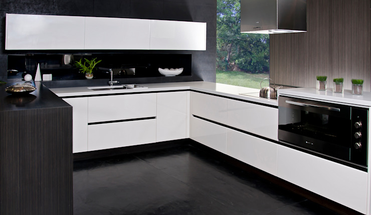 Kitchen by Domi Cocinas,