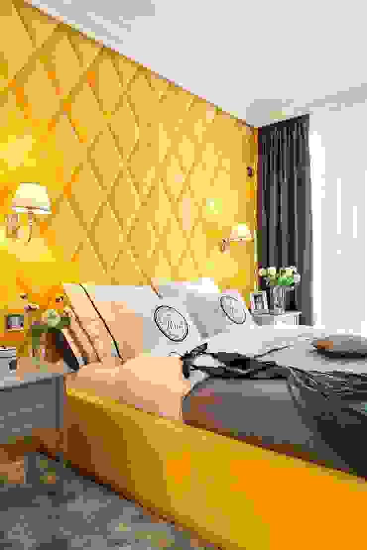 Szaro biały apartament na Powiślu Klasyczna sypialnia od Katarzyna Kraszewska Architektura Wnętrz Klasyczny