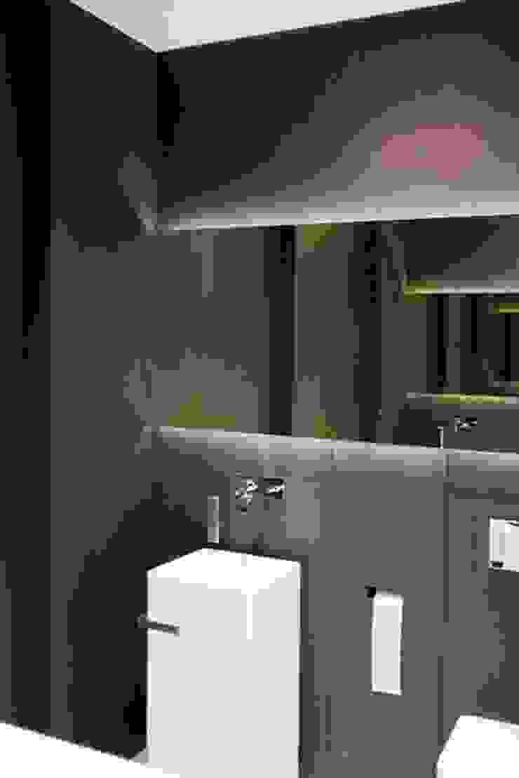 Dom w Iławie, 550 m kw, Nowoczesna łazienka od Katarzyna Kraszewska Architektura Wnętrz Nowoczesny