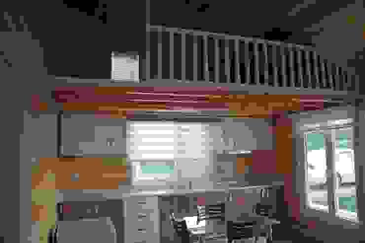 Country style bedroom by Kuloğlu Orman Ürünleri Country