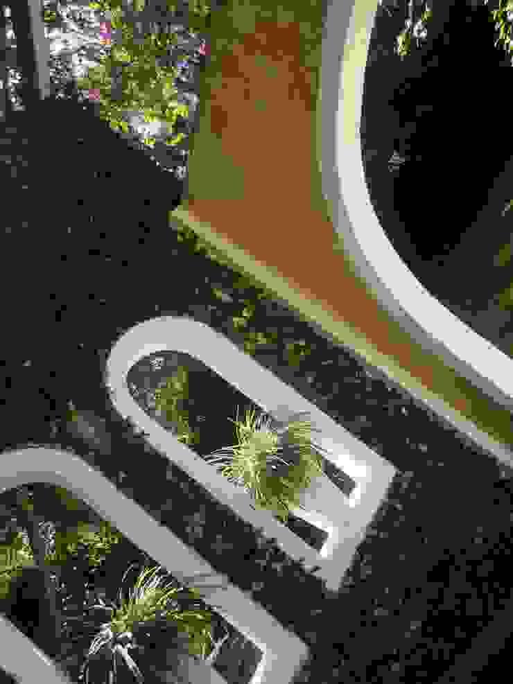 Taman Gaya Mediteran Oleh Marisol Réquia Arquitetura Mediteran Batu Bata