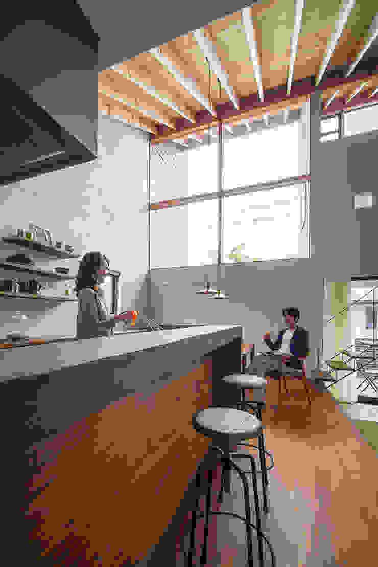 和泉の家 オリジナルデザインの キッチン の nobuyoshi hayashi オリジナル