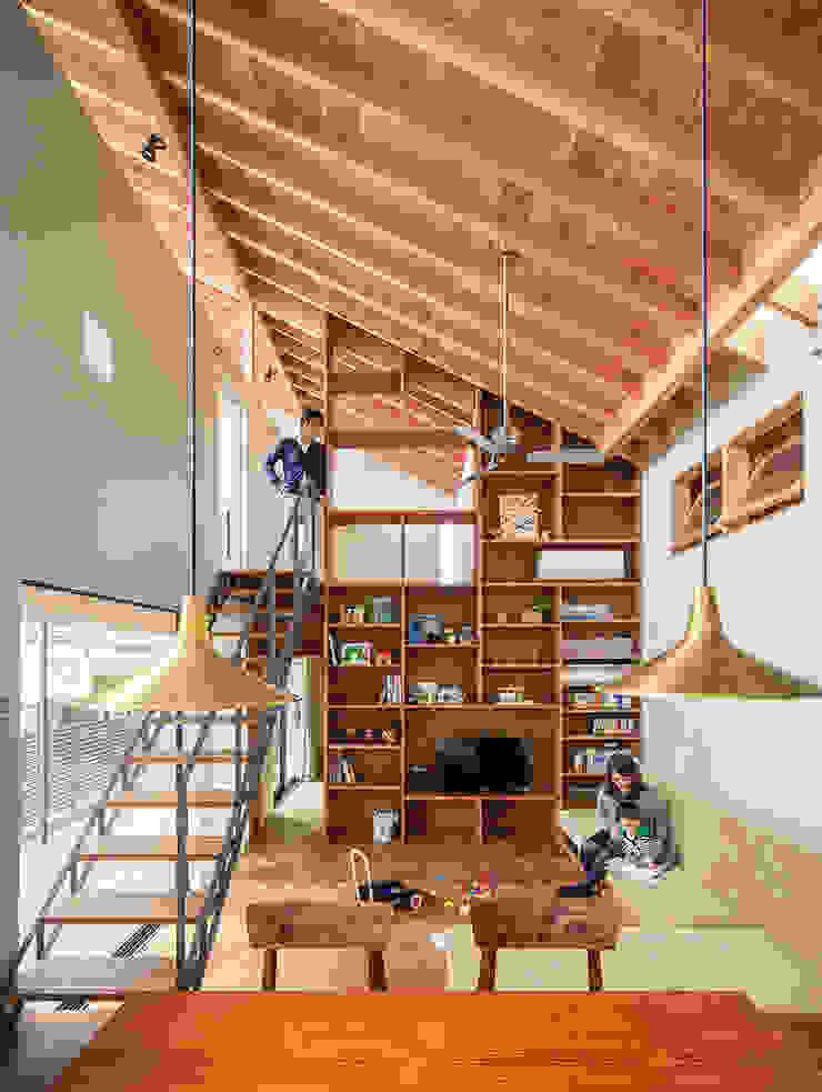 和泉の家 オリジナルデザインの リビング の nobuyoshi hayashi オリジナル