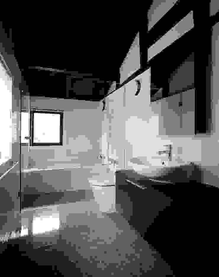 株式会社 小林恒建築研究所 Banheiros asiáticos